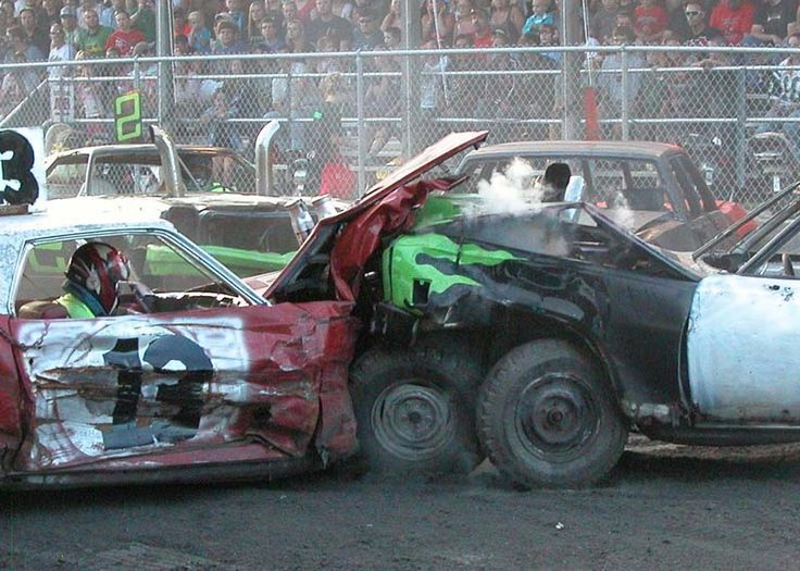 Building Demolition Derby Car : Demolition derby full throttle fun