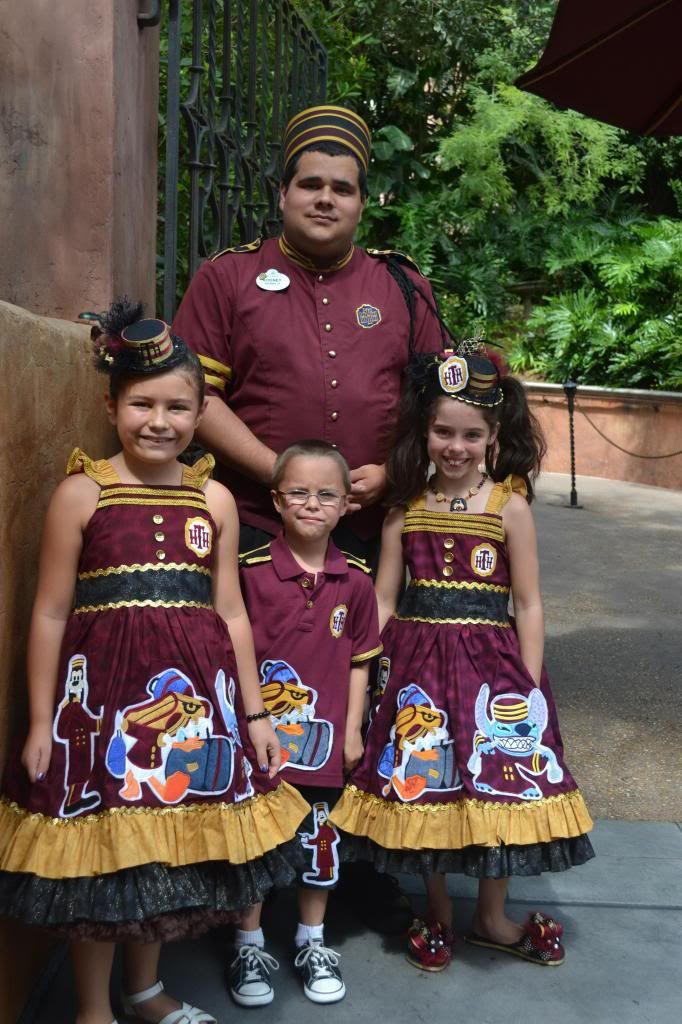 Best Disney Cast Ideas On Pinterest Disney Cast Member Cast - Mom creates the most adorable costumes for her daughter to wear at disney world