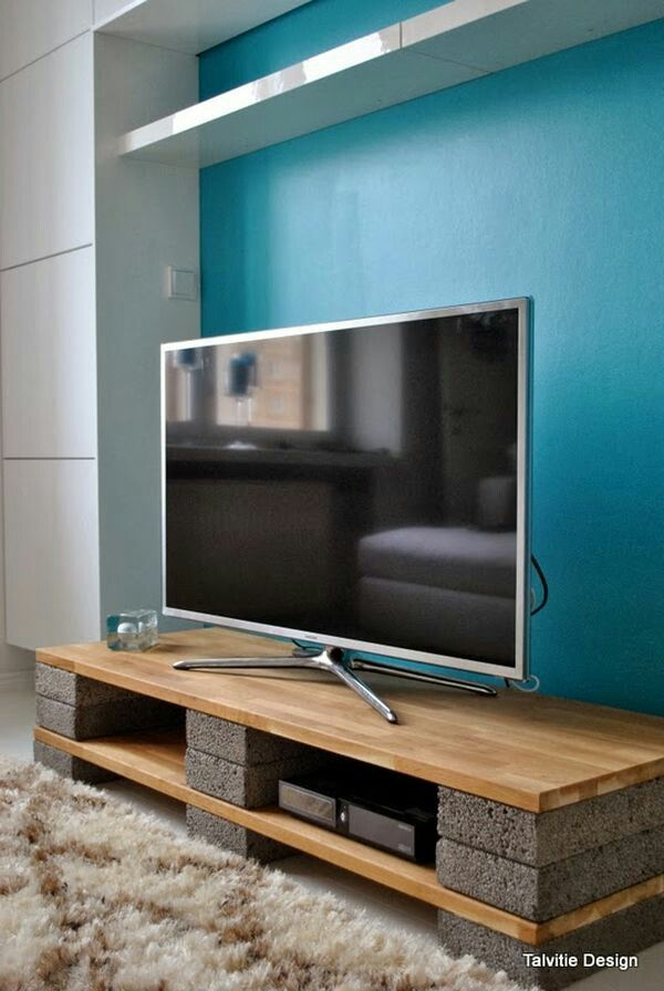 DIY budget Entertainment stand for your TV with stones and wood