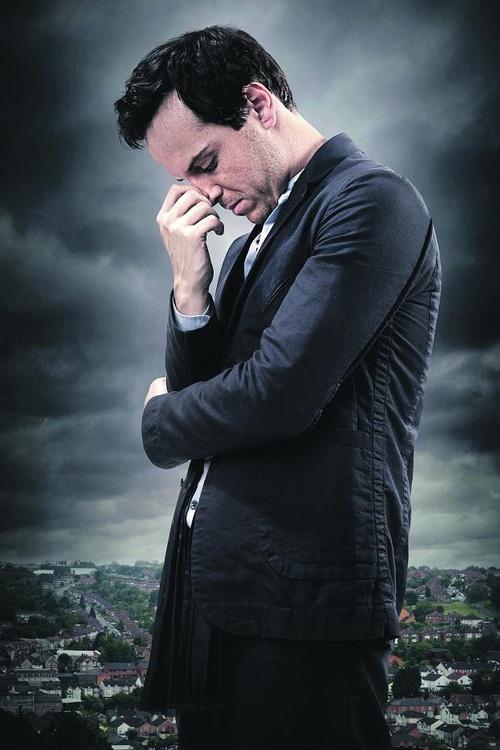 Beautiful Andrew Scott...