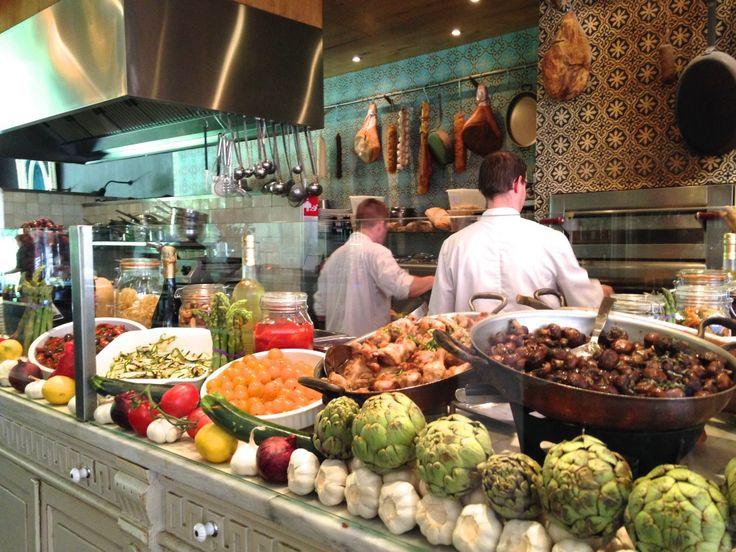 De Markt - Utrecht.  http://www.restaurantdemarkt.nl/