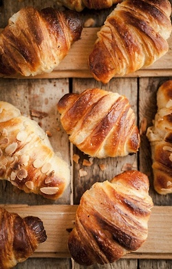 French pastries #breakfast #almondcroissant #Frenchdessert