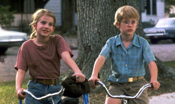 """Macaulay Culkin and Anna Chlumsky in """"My Girl"""""""
