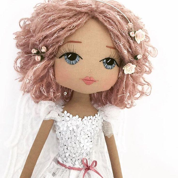 """Текстильные куклы с вышитым личиком """"Upper Dhali"""" - 14 Июля 2017 - Кукла Тильда. Всё о Тильде, выкройки, мастер-классы."""
