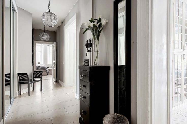 коридор вход в квартиру прихожая комод