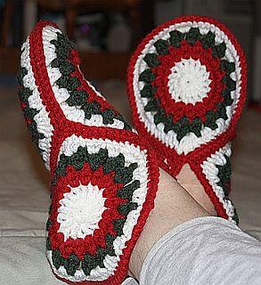 Make It: Granny Square Slippers - Free Crochet Pattern #free #crochet #ravelry