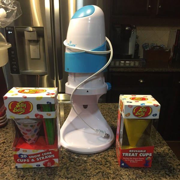 For Sale: Snow Cone Machine for $10