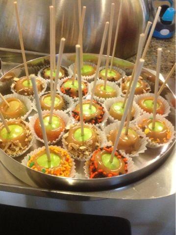 Designer Recipes: Mini Caramel Apple Bites