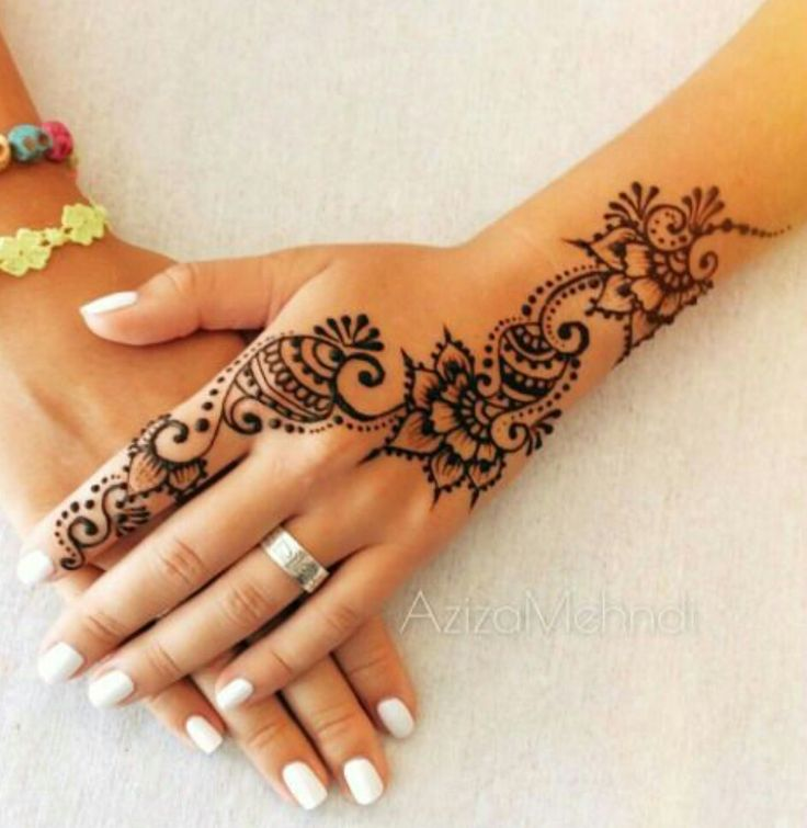 29 best images about henna body art on pinterest mehendi in india and fall in love with. Black Bedroom Furniture Sets. Home Design Ideas