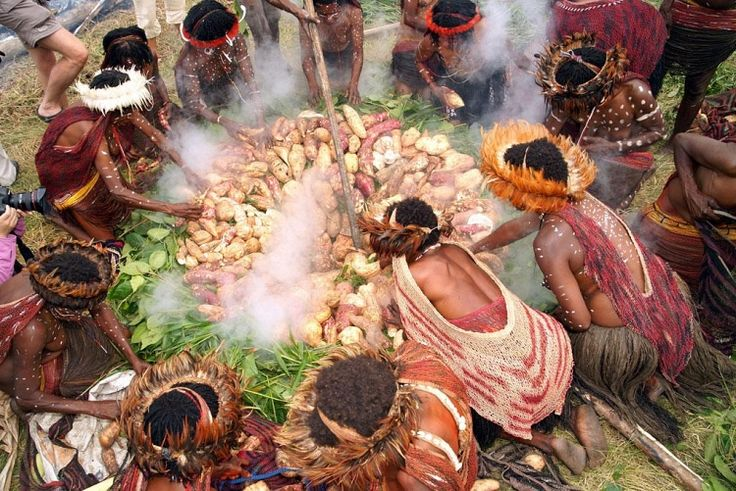 kalim nuryati - Google Nggoleki Pesta Bakar Batu, Tradisi Suku Asmat, Wisata…
