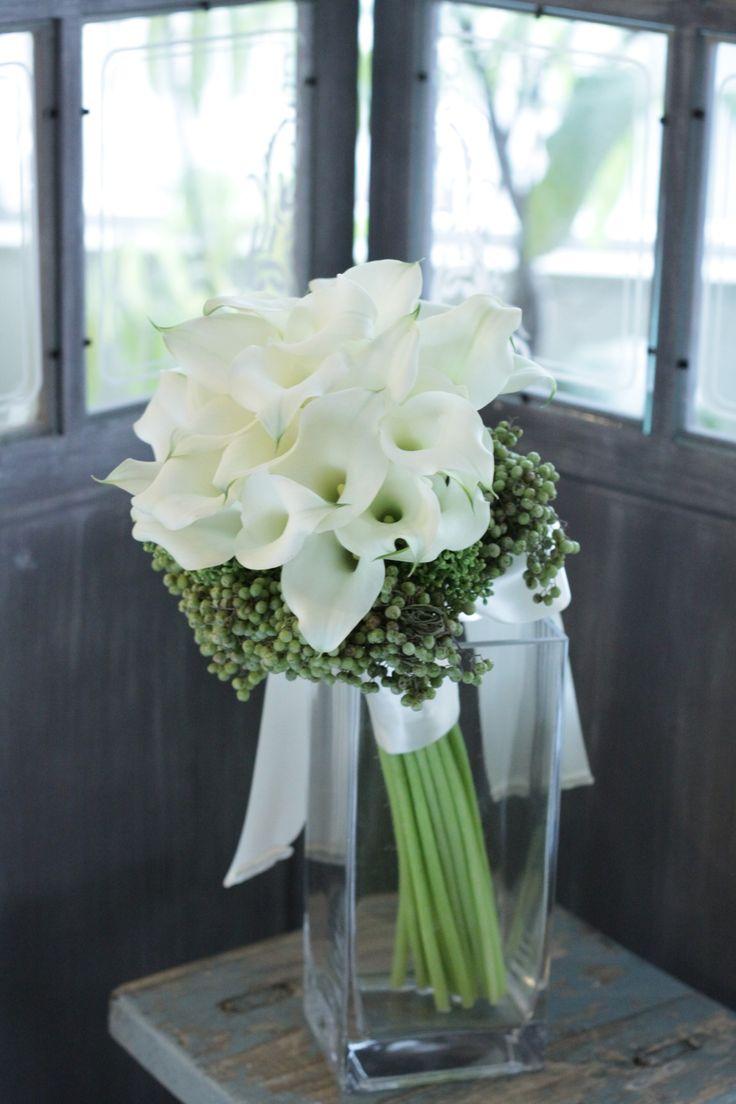 クラッチブーケ/カラーブーケ/花どうらく/ブーケ/http://www.hanadouraku.com/bouquet/wedding/
