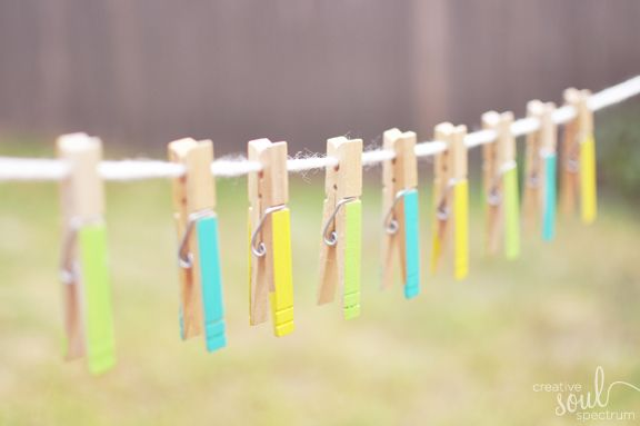I have always wanted an outdoor clothes line ~ now I want one even MORE!  love these colors!