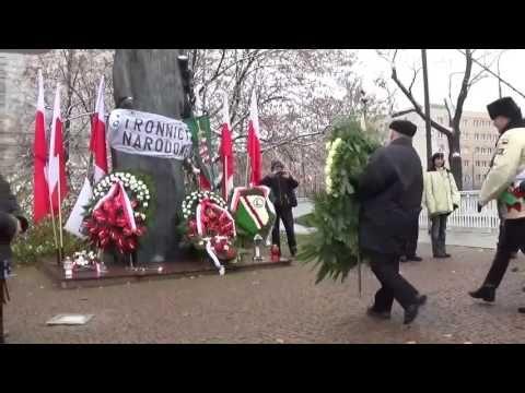 Oto idzie Naczelnik Państwa, Prezes PiS-u, niekoronowany Król Polski