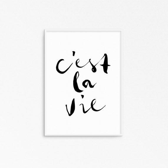 Cest la vie. French quote.Typography art. Motivational por Byoliart