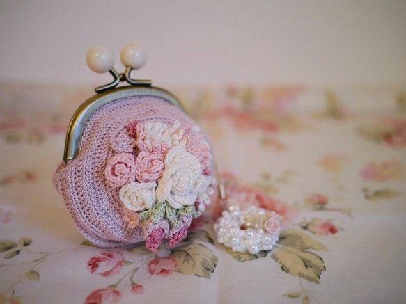 bouquetながま口-rose- ポーチ ハンドメイド・手仕事品の販売・購入 Creema(クリーマ)
