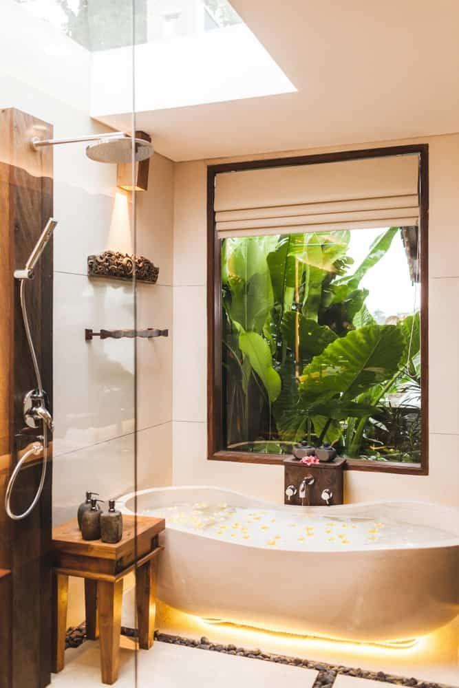 50 Tropical Style Primary Bathroom Ideas Photos In 2020