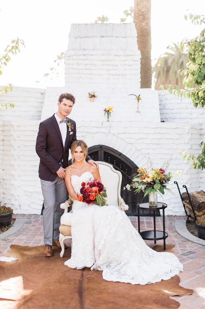 Eine Hochzeit im Herbst bietet die schönsten Farben - allen voran Rot und Gold! Hier meisterhaft in Szene gesetzt von Brian LaBrada Photography