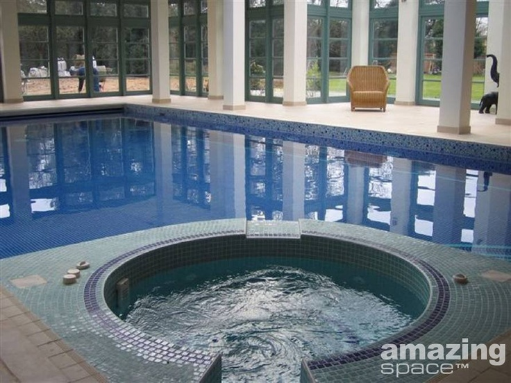 Hot Tub and indoor Swimming Pool