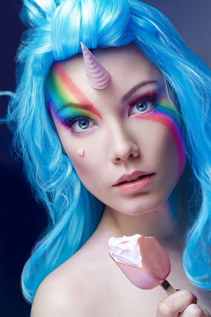 unicorn licorne shoot photoshoot photo face beauty mua makeup make up rainbow colorfull wig perruque icecream magnum pink blue arc en ciel face model étonnée surprise