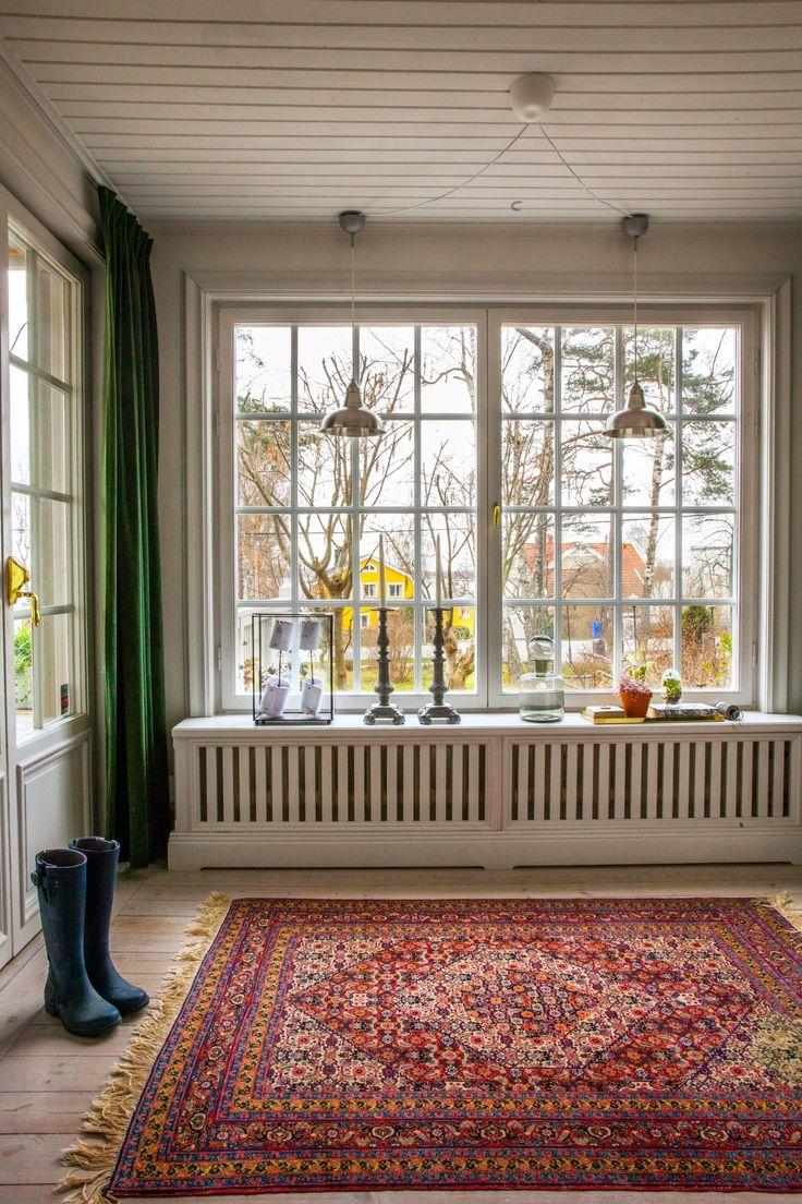 Lesley's Textured, Sunny Scandinavian Style in Sweden