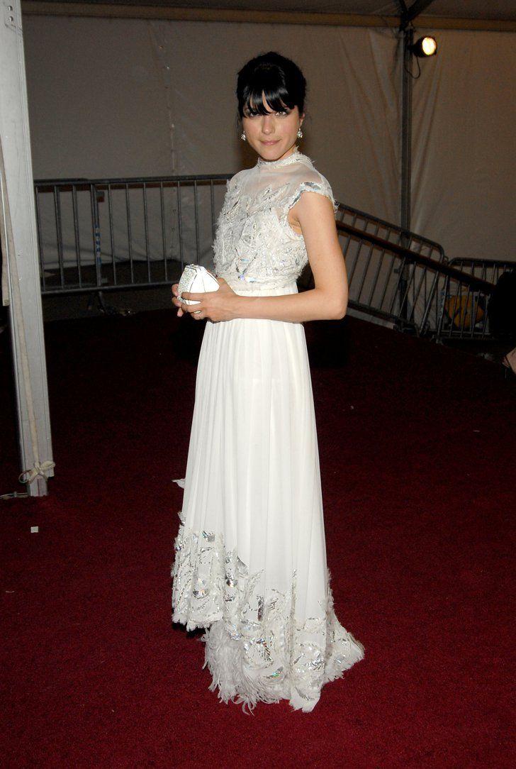 Pin for Later: Les 100 (et Plus) Plus Belles Robes Jamais Vues au Met Gala Selma Blair En Chanel Haute Couture en 2006.