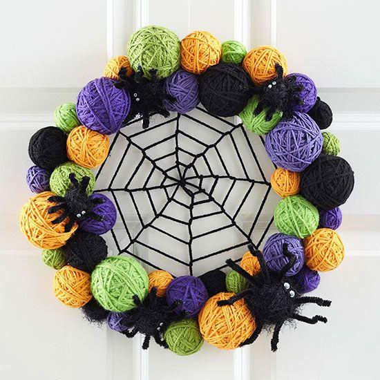 Eerie Outdoor Halloween Decorations: Yarn-Ball Wreath