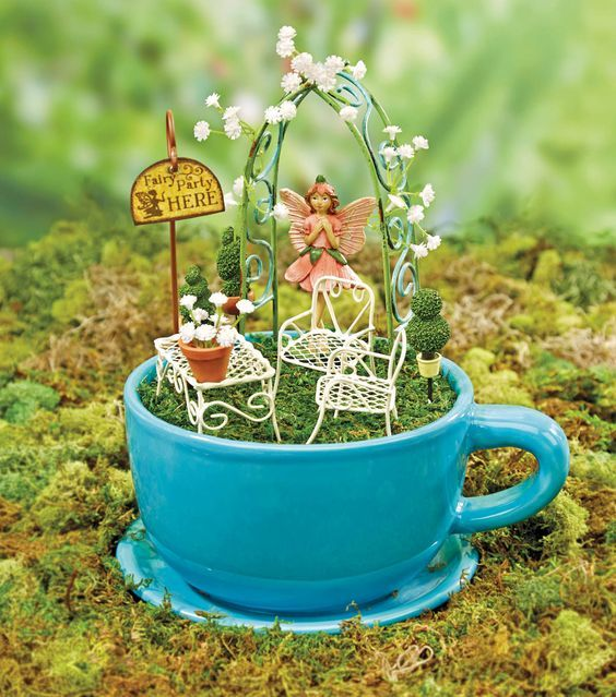 Amazing Diy Tiny Planters Ideas