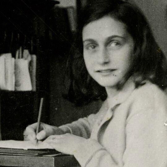 146 best anne frank never to forget her images on pinterest 146 best anne frank never to forget her images on pinterest anne frank history and margot frank fandeluxe Epub
