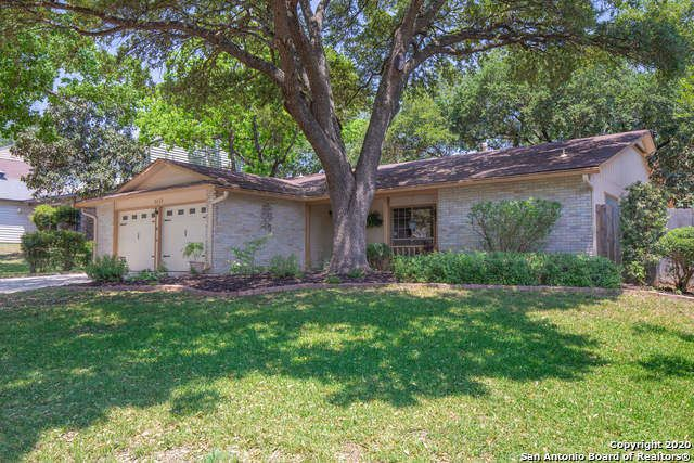 Single Family Detached San Antonio Tx Look No Further Your Home Awaits You Here This Recently Upgraded Conte Vacation Property Sale House Renting A House