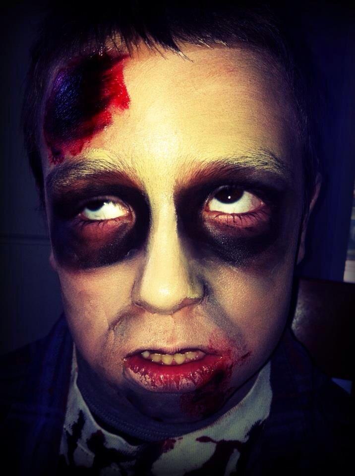 Les 25 meilleures idées de la catégorie Kids zombie makeup sur ...