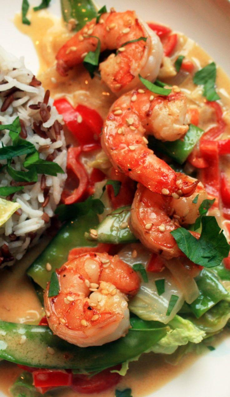 Thai-Gemüse mit Sesam-Garnelen - Basmatireis und Roter Reis zu knackigem Thaigemüse