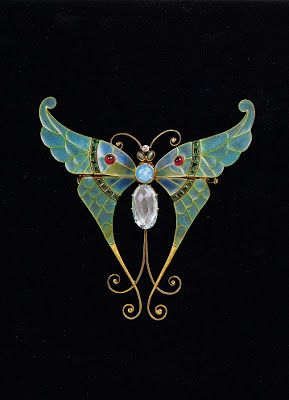 Diamonds and Rhubarb ® Boucheron Brooch 1900, gold, pliqu-a-jour enamel, aquamarine, rubies, opal, chrysoberyls.