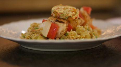 Eén - Dagelijkse kost - kipbrochette met paprikaboter en rijst | Eén