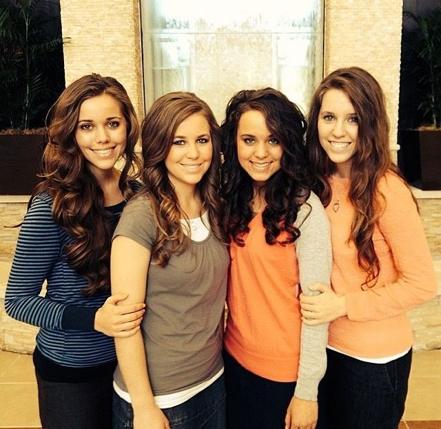 Duggar girls, a great example of Christian love instead of being conformed to the world, always able to give a reason for the hope they have, and doing so with gentleness and respect.
