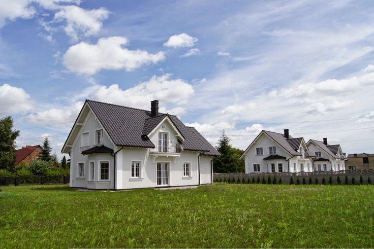 http://elewacjezuzzy.blogspot.com/search/label/Grafitowy dach białe okna