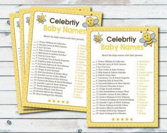 Blue Stripes Celebrity Baby Names Game Baby por TheCherryPaper
