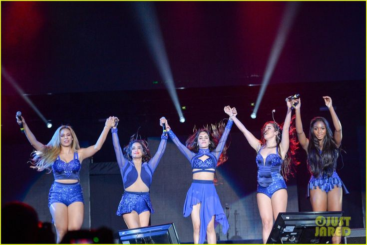 Fifth Harmony Perform at Grand Slam Party Latino After Break Up Comments Surface: Photo #902543. Lauren Jauregui whips her hair back while performing on stage at the 2015 Grand Slam Party Latino held at Marlins Park on Saturday night (December 5) in Miami, Fla.…