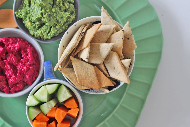 Healthy homemade crackers - gluten free, grain free, additive free!
