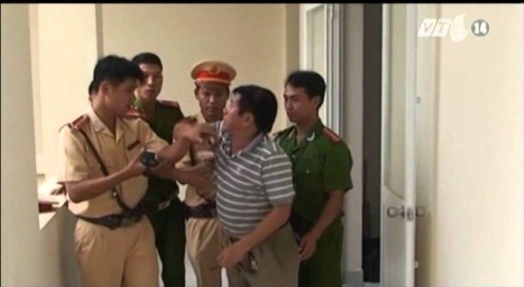 VTC14_Tạm giữ Việt kiều chống người thi hành công vụ