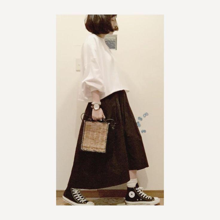 いいね!377件、コメント21件 ― こはる。さん(@cohalu333)のInstagramアカウント: 「• ・ おはぬん。 ・ guのスカートん。 ・ dickiesまでいかないけどハリのある素材で 前は短めで太いタックが入っててめちゃ形キレイ。 ・ #安定のタダ ←1490円 ・ ・ ・ ・…」