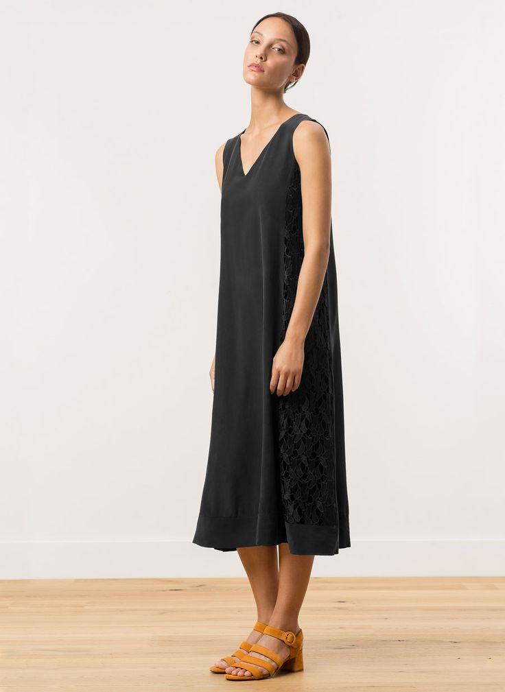 Vestido seda crochet - Vestidos y Faldas - Colección - Uterqüe España