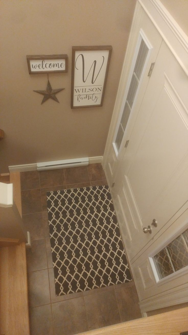 Split entry, entry way. Farmhouse style signs.