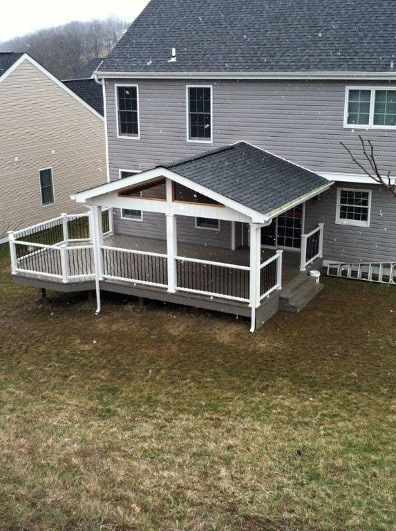 Trex deck screened porches pinterest covered patios for Coverd deck