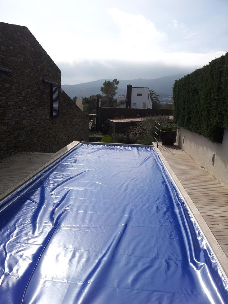 Cubierta de reemplazo en Cadaqués, Girona http://www.facebook.com/media/set/?set=a.557382840959080.1073741825.184636294900405=1
