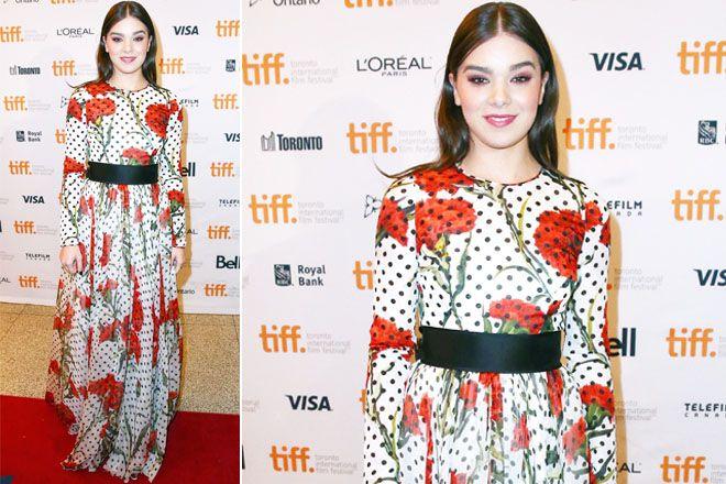 Hailee Steinfeld con abito Dolce & Gabbana al Toronto International Film Festival