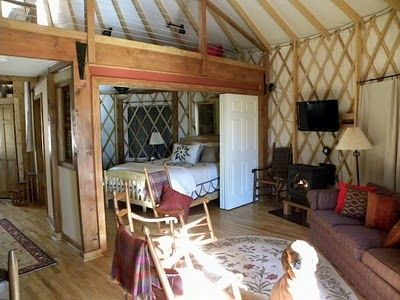 Great idea for a room and keeping it private, has a loft above too. Cair Paravel Enterprises: Yurt For Rent!