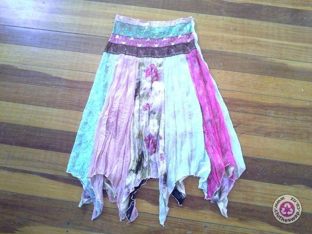 Clotheswap - pretty boho skirt