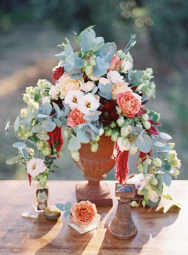 Provence Wedding Inspiration 135 best Inspiration Centerpieces