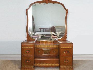 Furniture in Dayton, Kentucky Personal Property Sale : EBTH