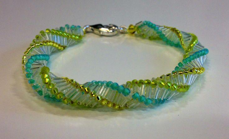 Herringbone twist bracelet using Miyuki seed beads & bugle beads. http://www.thebead.co.uk/acatalog/Jewellery_Making_Classes_Glasgow.html